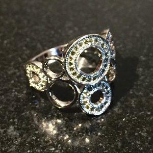 Jewelry - Simulated Peridot Silvertone Ring